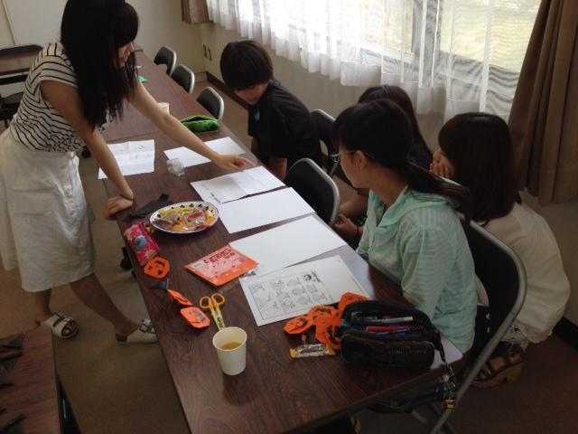 夏休みボランティア体験学習の様子